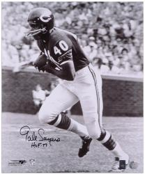 Gale Sayers Chicago Bears Autographed 16'' x 20'' B&W Photograph with HOF 77 Inscription