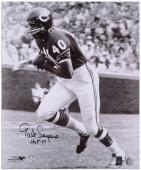 "Gale Sayers Chicago Bears Autographed 16x20 Photograph with ""HOF '77"" Inscription - Mounted Memories"