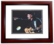 Garth Brooks Autographed Concert 8x10 Photo MAHOGANY CUSTOM FRAME