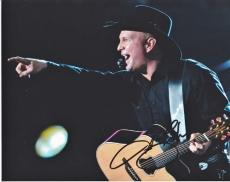 Garth Brooks Autographed Concert 8x10 Photo