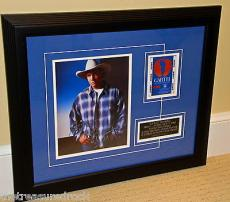 GARTH BROOKS autographed signed FRAMED 8x10 photo CENTRAL PARK BACKSTAGE PASS