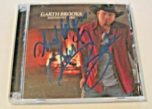 Garth Brooks Famous Country Singer Midnight Fires God Bless W/coa Signed Cd