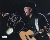 GARTH BROOKS HAND SIGNED 8x10 COLOR PHOTO       GREAT POSE IN CONCERT    JSA
