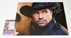 Garth Brooks Signed 11x14 Photo Jsa Coa M20163