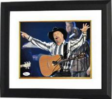 Garth Brooks signed 8x10 Photo Custom Framed- JSA Hologram #P62236 (Country Music-horizontal)