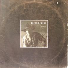 """GARTH BROOKS Signed Autographed """"No Fences"""" Album LP JSA #P88498"""