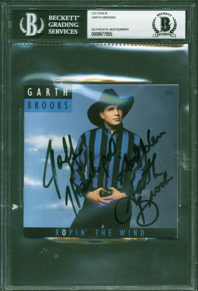Garth Brooks Signed Ropin In The Wind CD Booklet Beckett BAS Slabbed 9677955
