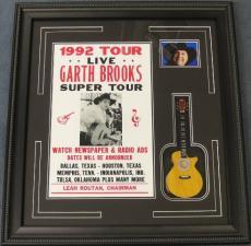 Garth Brooks w/ Guitar