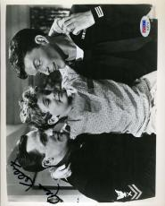Gene Kelly Signed Psa/dna Certified 8x10 Photo Authenticated Autograph