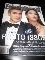 George Clooney Catherine Zeta Jones Signed Entertainment Magazine Auto Coa Rare
