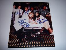 GEORGE CLOONEY,JULIANNA MARGULIES,NOAH WYLE+3 ER CAST w/COA SIGNED 8X10 PHOTO