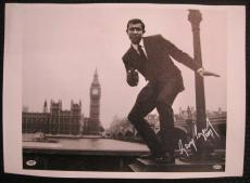 George Lazenby Hand Signed James Bond 16x20 Canvas 007 Auto PSA/DNA COA B