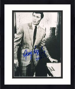 George Lazenby Jsa Coa Autograph 8x10 James Bond Photo Hand Signed Authentic