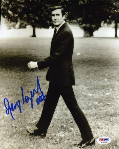GEORGE LAZENBY PSA DNA Cert Hand Signed JAMES BOND 8x10 Photo Autograph