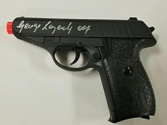 GEORGE LAZENBY Signed James Bond 007 Airsoft Gun ~ LE #'ed /50 ~ OC COA & Holo