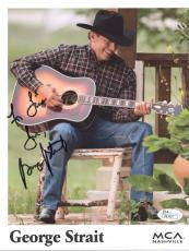 GEORGE STRAIT HAND SIGNED 8x10 COLOR PHOTO     AWESOME POSE     TO LISA      JSA