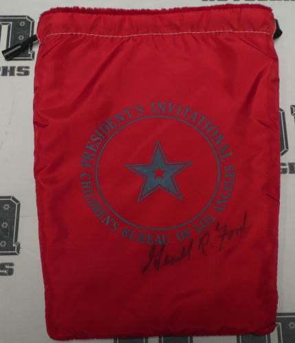 Gerald Ford Signed President's Invitational Golf Bag BAS Beckett COA Autograph