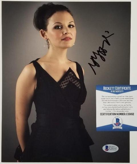 GINNIFER GOODWIN Signed 8x10 Photo Once Upon a Time Disney ~ Beckett BAS COA