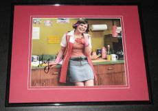 Ginnifer Goodwin Signed Framed 8x10 Photo Something Borrowed Once Upon a Time