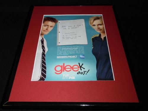 Glee 2010 Fox Framed 11x14 ORIGINAL Advertisement Jane Lynch Matthew Morrison