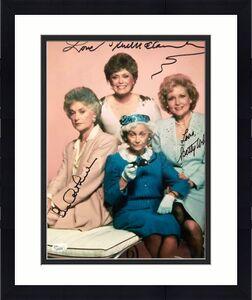 GOLDEN GIRLS HAND SIGNED OVERSIZED 11x14 PHOTO    SIGNED BY BETTY,BEA+RUE    JSA