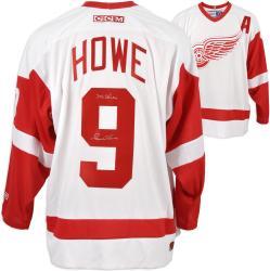 Detroit Red Wings Gordie Howe Autographed Jersey ---