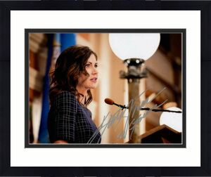 Governor Kristi Noem Signed Autograph 8x10 Photo South Dakota Donald Trump 2024?