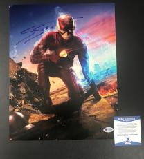 Grant Gustin Signed Auto The Flash 11x14 Photo Bas Beckett Coa 1