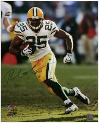 Ryan Grant Green Bay Packers Autographed 16'' x 20'' Cutting Photograph