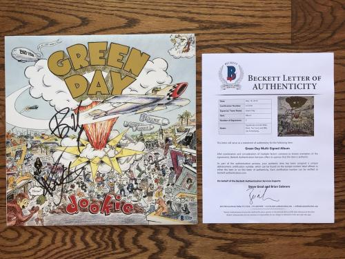 Green Day (3) Band Signed Dookie Vinyl Record Beckett Bas Loa #a12538