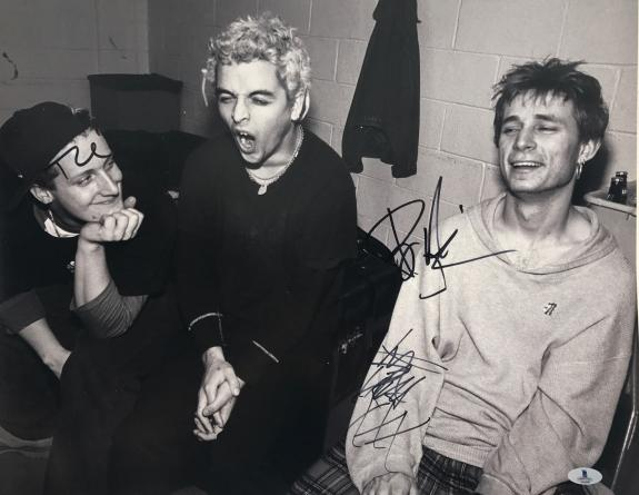 Green Day Group Signed Autographed 16x20 B/w Photo Beckett Bas Coa #a02097