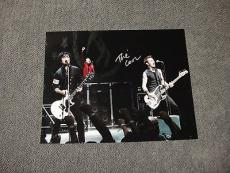 Green Day Signed 11x14 Photo Coa Billy Joe Armstrong Tre Cool Mike Dirnt 2