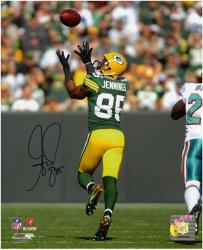 Greg Jennings Green Bay Packers Autographed 8'' x 10'' Catching Back Shot Photograph - Mounted Memories