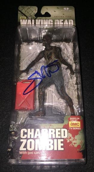 Greg Nicotero Signed 'the Walking Dead' Mcfarlane Figure Charred Zombie Psa/dna