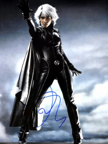 Halle Berry Signed - Autographed X-MEN - Storm 11x14 inch Photo - Guaranteed to pass BAS