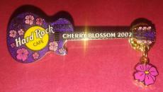 Hard Rock Cafe Kobe 2002 Cherry Blossom Guitar Pin Authentic Les Paul Purple