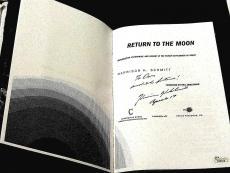 Harrison Schmitt Apollo 17 Astronaut Signed Auto Return To The Moon Book Jsa