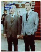HARRY MORGAN HAND SIGNED 8x10 COLOR PHOTO+COA        AWESOME POSE FROM DRAGNET