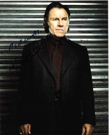 "HARVEY KEITEL - Starring Roles Include ""TAXI DRIVER"", ""PULP FICTION"", and ""RESERVOIR DOGS"" - Signed 8x10 Color Photo"