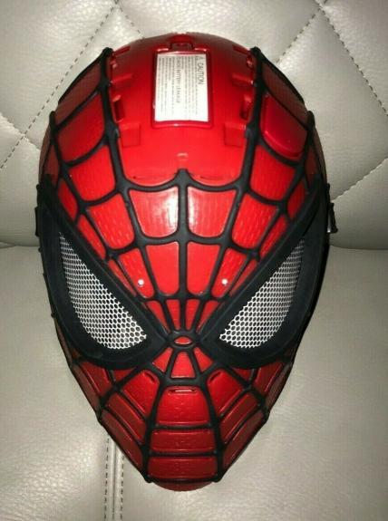 Hasbro Marvel Youth Spiderman Super Hero Talking Mask Helmet Halloween Tested A+