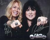 HEART HAND SIGNED 8x10 COLOR PHOTO+COA       ANN+NANCY WILSON     TO BOB