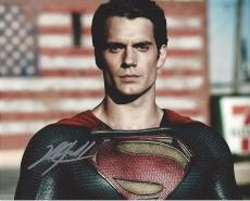 "HENRY CAVILL as CLARK KENT(SUPERMAN) in 2013 Movie ""MAN of STEEL"" Signed 10x8 Color Photo"