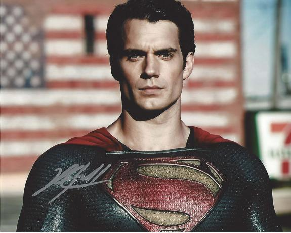 """HENRY CAVILL as CLARK KENT(SUPERMAN) in 2013 Movie """"MAN of STEEL"""" Signed 10x8 Color Photo"""