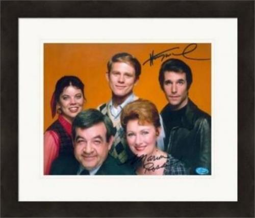 Henry Winkler and Marion Ross autographed 8x10 Photo (Happy Days) Image #SC1 Matted & Framed