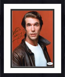 HENRY WINKLER HAND SIGNED 8x10 COLOR PHOTO   HAPPY DAYS THE FONZ  TO MIKE    JSA