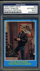 Henry Winkler Psa/dna Coa Hand Signed 1976 Topps Authentic Autograph