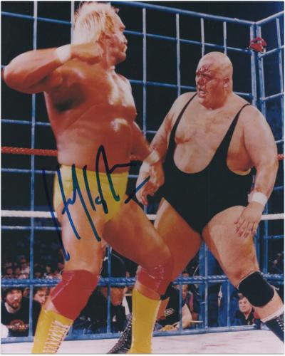 Hulk Hogan Autographed 8'' x 10'' vs. King Kong Bundy Photograph - Mounted Memories