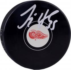 Jimmy Howard Detroit Red Wings Autographed Hockey Logo Puck - Mounted Memories