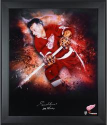 Gordie Howe Detroit Red Wings Framed Autographed 20'' x 24'' Photograph with Mr. Hockey Inscription - Mounted Memories