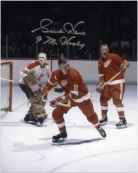 """Detroit Red Wings Gordie Howe Autographed 8"""" x 10"""" with Delvecchio Photograph with Mr. Hockey Inscription"""
